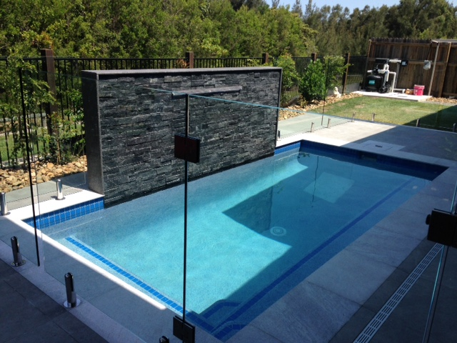 Backyard pools banora pools pool design builder gold coast for Pool design gold coast